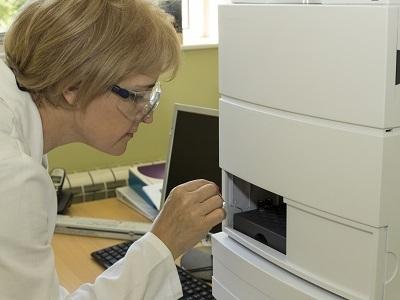 超高高效液相色谱仪