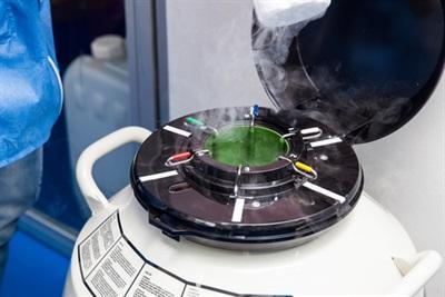 Cryogenic Refrigerator / Cryofreezer