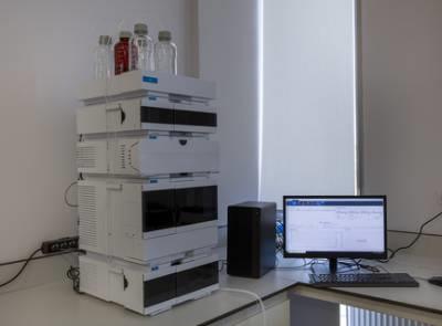 高效液相色谱仪器