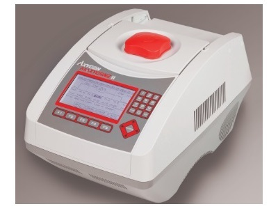 Thermal Cycler with Unique and Flexible Features