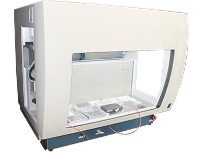 VERSA 1100 Solid Phase Extraction Workstation from Aurora Biomed