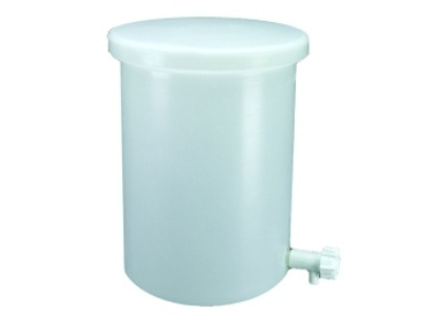 Polyethylene Tanks | Labcompare com